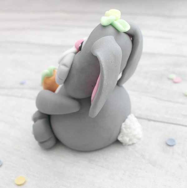 handmade fondant easter bunny cake decoration
