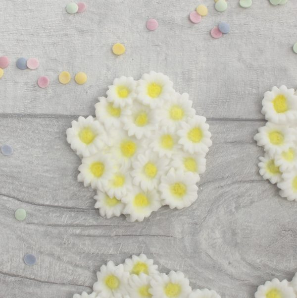 daisy cluster cupcake toppers