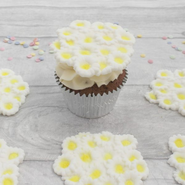 daisy cluster cupcake topper