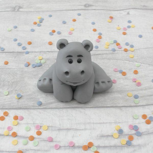 fondant hippo cake decoration