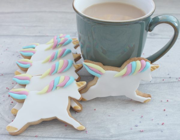 unicorn themed party gift