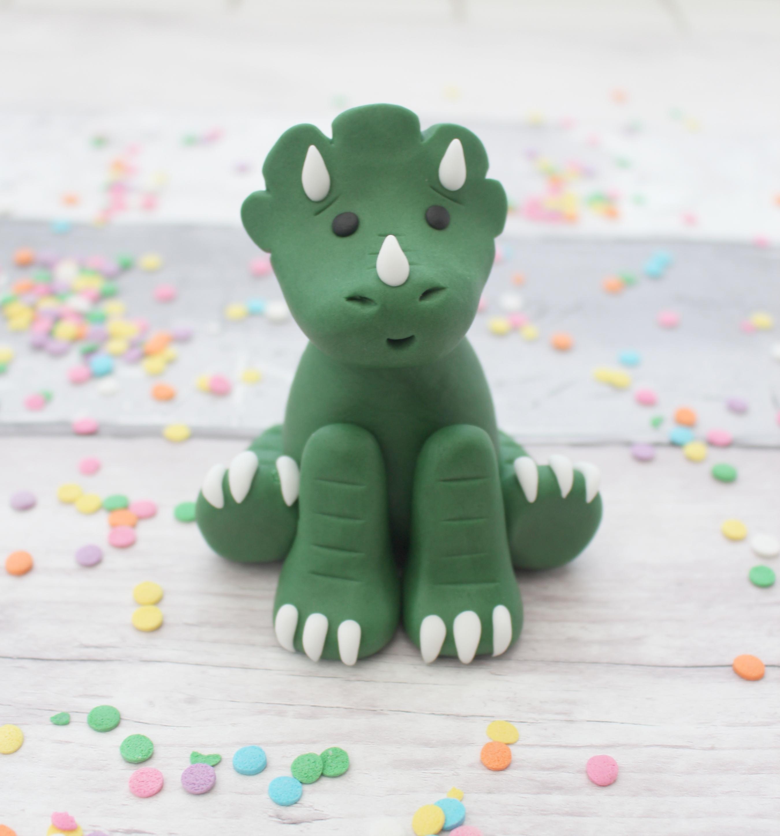 dinosaur edible cake topper