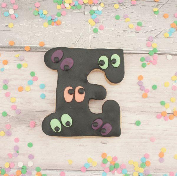 Spooky monster eye cookie