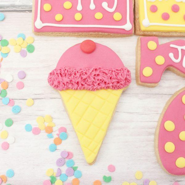 ice cream decorated biscuit