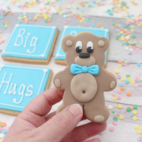 bear hugs cookie set