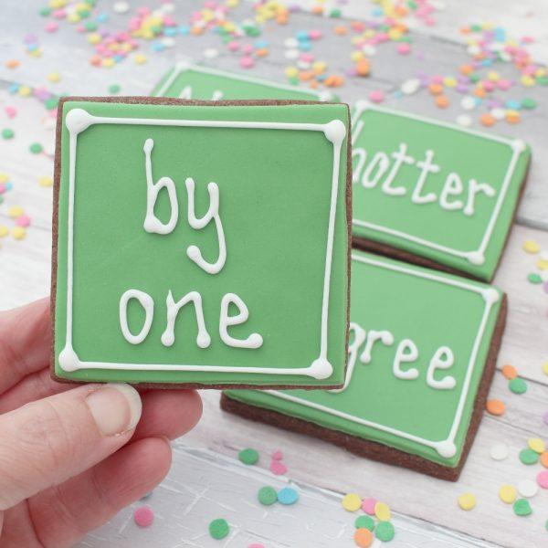 graduation cookie gift set