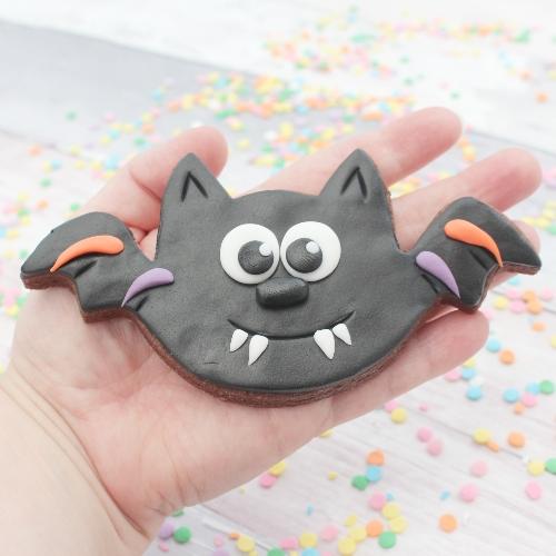 bat halloween cookie