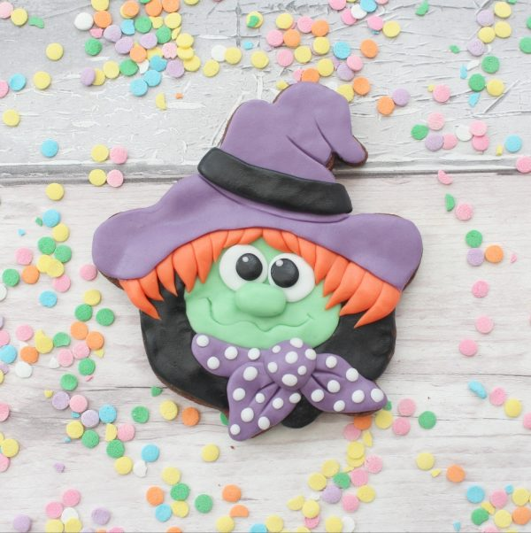 witch halloween biscuit